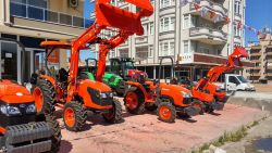 traktor_on_yukleyici_4556