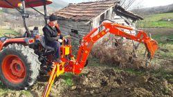 traktor-kepce23523523