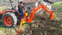 traktor-kepce434534