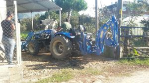 traktor_arka_kazici_bh200-(140)