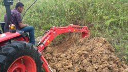 traktor_arka_kazici_bh200-(30)