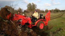 traktor_arka_kazici_bh200-(132)