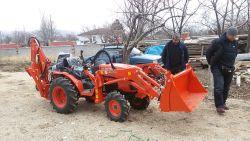 traktor_arka_kazici_on_yukleyici_kompact-(1)