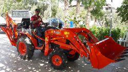 traktor_arka_kazici_on_yukleyici_kompact-(101)
