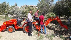 traktor_arka_kazici_on_yukleyici_kompact-(102)