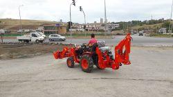 traktor_arka_kazici_on_yukleyici_kompact-(107)