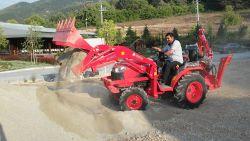 traktor_arka_kazici_on_yukleyici_kompact-(17)