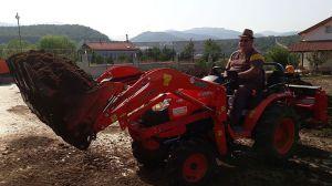 kuzeytek_traktor_on_yukleyici_fl01-(10)