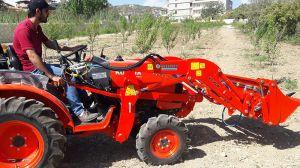 kuzeytek_traktor_on_yukleyici_fl01-(12)