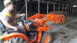 kuzeytek_traktor_on_yukleyici_front_loader-(13)