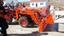 traktor_on_yukleyici_kt_fl02-(3)