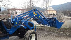 kuzeytek_traktor_on_yukleyici_front_loader_fl03-(82)