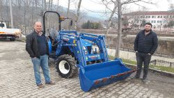 kuzeytek_traktor_on_yukleyici_front_loader_fl03-(88)